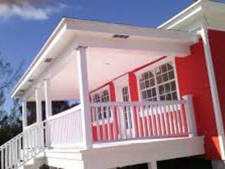Orange Cozy Villas, location de vacances à Andros