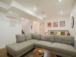 * Marbella Lane - 4BR Cozy & Comfy | Northglenn