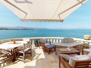 Antibes Villa Sleeps 6 with WiFi - 5889363