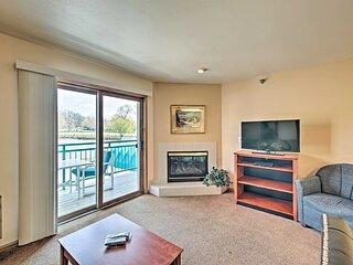 NEW! Comfy Resort Studio w/ Balcony by Lake Geneva