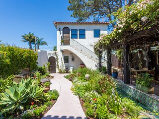 "Stunning Private Spanish Casita ""La Jolla's Secret Jewel"" blocks to Beach/Cove"