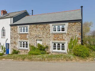 CHAPEL COTTAGE, cosy cottage with wood burning stove in Welcombe. Close to good