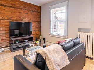 Brand New - Upscale 1BR Apartment - PRIME Location!