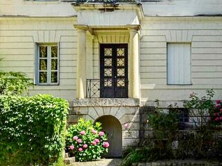 Beautiful apartment in Saumur with WiFi and 1 Bedrooms (FVM066)