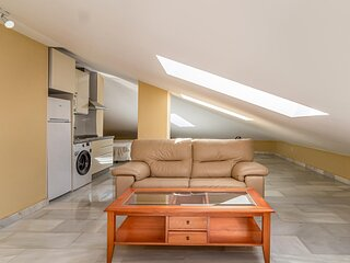 Nice apartment in Málaga with WiFi and 1 Bedrooms (EAS468)