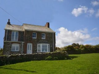 Beautiful four bedroom detached cottage, St Endellion, Port Isaac, coastal views
