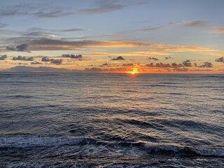 Oceanfront Harmony - 4 Beds/3 Bath on the Beach! Sleeps 7 - TVNC 4247