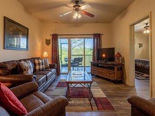 Near Silver Dollar City- 3 Bedroom, 3 Bath Golf Condo at Stonebridge Resort!