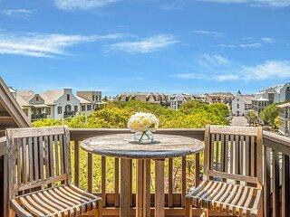 Blue Oak - Soaring luxury penthouse in the heart of Rosemary Beach