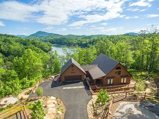 The Bentley at Lake Lure | Lakeside Views, Hot Tub, Game Room, and Fire Pit!