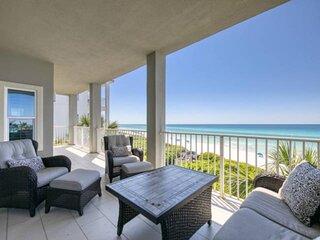 New to Rental Market! Beachfront Condo/Gulf Views/FREE Beach chair & umbrella se