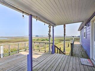 NEW! Bright & Breezy Home: 4 Blocks to Beach!