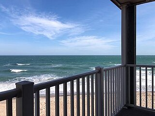 1210 Topsail Dunes - 1BR Oceanfront Condo in North Topsail Beach with Community