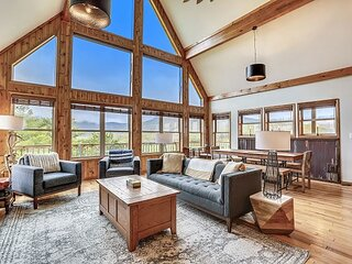 Great views Central location Many extras~The perfect Canaan Valley Base Camp!