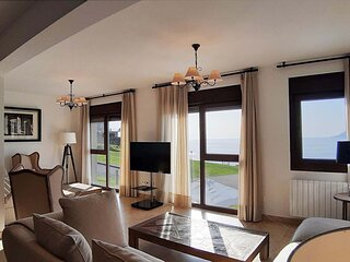 House - 6 Bedrooms with WiFi and Sea views - 109462