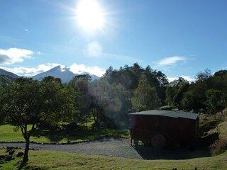 Tiranui Lodge with stunning loch views
