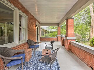 NEW! Large Family Home in Atlanta w/ Pool Table!
