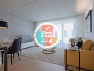 Liiiving in Gaia | Beach Seaside Apartment, holiday rental in Arcozelo