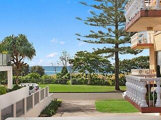 Sunrise Court 3 - Bilinga/ North Kirra Beachfront