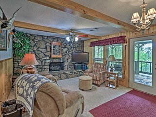 NEW! Secluded Edgemont House w/ Huge Outdoor Deck!