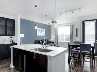 King Style Fully Equipped Elite Med Center Condo