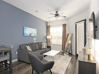 Spacious Fully Equipped Med Center Elite Condo