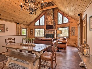 NEW! Expansive Whisper Lake Retreat w/ Hot Tub!