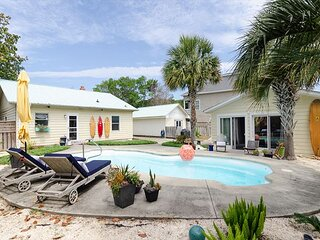 Single Family Home with a Pool in Kure Beach