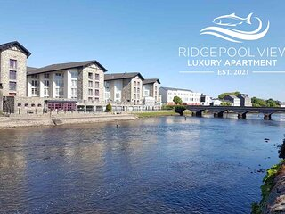 Ridgepool View, Ballina Apartment, Views of River Moy, Central location