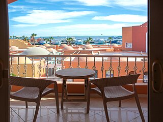 Family 2 Bedroom Modern Suite Sea View Marina Hurghada