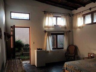 Casa Zamadhi - Habitacion Matrimonial Privada en Las Pocitas