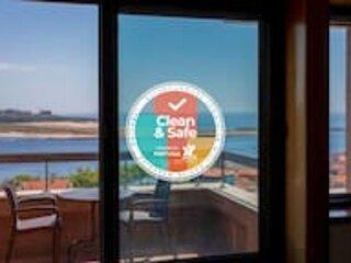Liiiving in Porto | Sea & River View Apartment