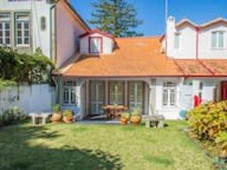 Liiiving in Moledo | Vintage House, aluguéis de temporada em Vila Praia de Ancora