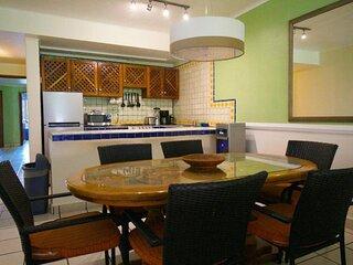 4BR Apartment Los Tules