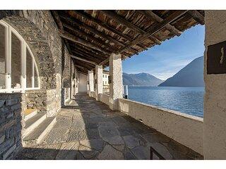 Beautiful Villa in the historical centre of Brienno