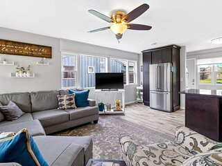 NEW! Bright + Updated Getaway w/ Furnished Patio!