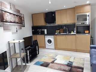 1 bedroom luxury suite ideal for Bluewater and M25