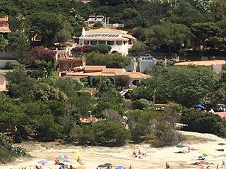 Grande villa singola con vista mare, molto curata, WiFi,4 camere + 4 bagni (8p.)