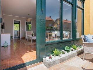 Magnifico piso con jardín, terraza garaje y wifi