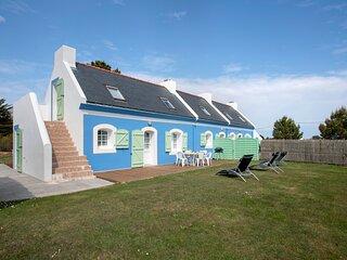 Amazing house near the beach & Wifi