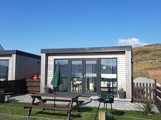 Lampay Chalet 2 Self Catering