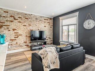 Stunning 1BR Apartment - Brand New - PRIME Location!