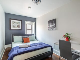 Stunning New 1BR - Boutique Condo - PRIME DT Location!