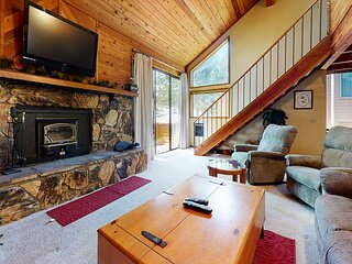Mountain Rustic, Great Complex Amenities, On The Shuttle Route