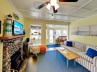 Fisher Hill Cottage | Patio with Grill, Wood Stove | Walk 6 Minutes to Harbor