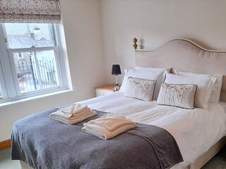 Howgills Apartments - Apartment 8 (sleeping up to 6 guests in total)