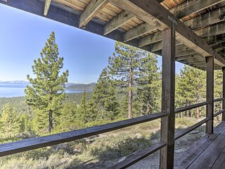 NEW! Hilltop Lakeview Retreat < 1 Mi to Ski Resort