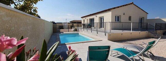 Location villa neuve avec piscine, vacation rental in Usclas-d'Herault