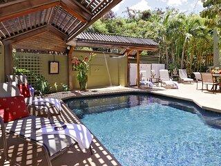 Ohana Hale 2 bed/2bath w/ Pool & Hot Tub- Steps To Beach