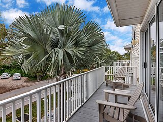 Sunset Views + Steps From the Beach-1245-ADA Accessible